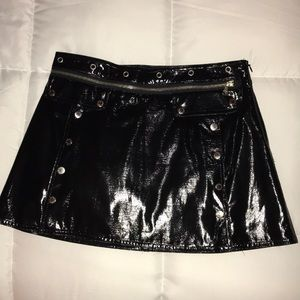 Dolce & Gabbana D&G patent leather skirt, IT38